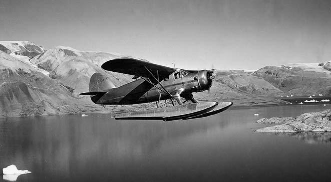 was constructed at Mestersvig, DC-4 aircraft were used. In 1948 the expedition acquired its first Norse - man seaplane, and in 1949 a second Norseman (Fig. 18). Overwintering was given up in 1953.