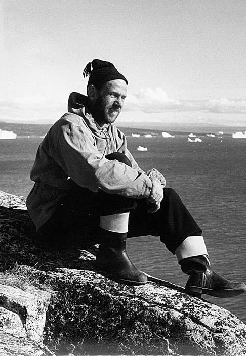 Fig. 20. Ernst Hofer, a photographer from the Swiss Topographical Institute, was employed by Lauge Koch s geological expeditions to East Greenland from 1951 54.