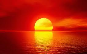 Red Sky at Sunrise/Sunset Sun atmosphere Earth At sunrise and sunset, Sun is close to the horizon, light has to travel a longer distance in the atmosphere to reach earth