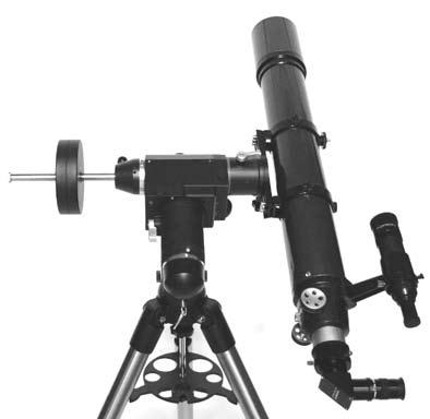 8. Without moving the R.A. axis, adjust the azimuth control knobs (Figure 2) to orient Polaris in the center of the eyepiece field of view. Adjustment in Dec.
