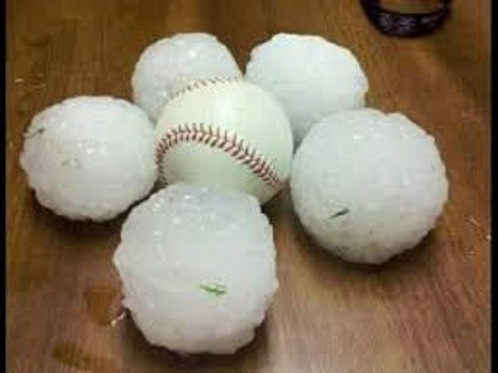 Severe Weather Baseball Size Hail and flooding in Custer County, NE on