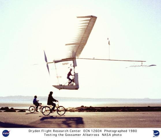 Briefl discuss the benefits and disadvantages with such a construction. - The Gossamer Albatross is a human-powered aircraft built b American aeronautical engineer Paul B. MacCread.
