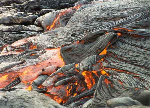 3 Types of Magma (1 st type ) Basaltic