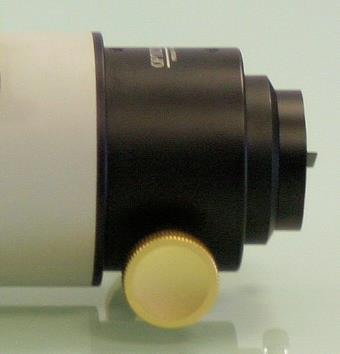 Single-speed Focuser Adjustment To set the single-speed AR90S focuser to a desired setting you will need to adjust the tension using the single thumbscrew that can be found under the