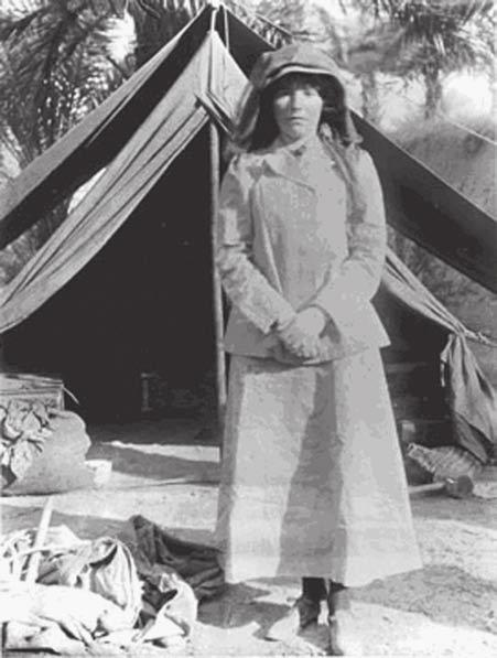 10 Saudi Arabia: An Environmental Overview Figure 1.5 Gertrude Bell (Photo: PADUA). after visiting friends in Jerusalem in 1899 1900 (Wallach, 1996).