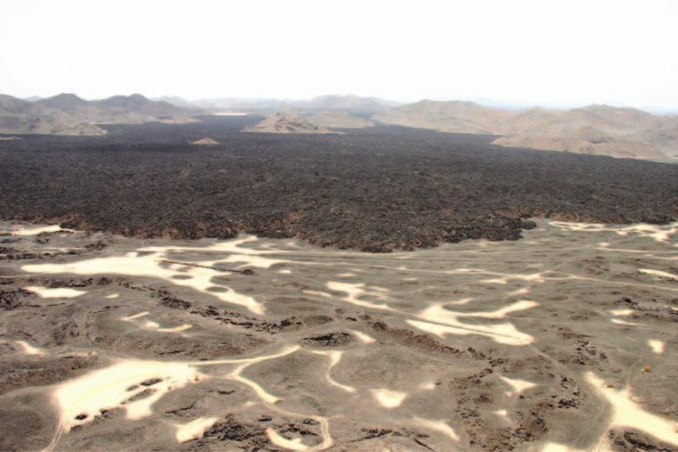 22 Saudi Arabia: An Environmental Overview Figure 2.4 Young and old lavas on Harrat Khaybar north-east of Madinah (Photo: author). 2.2.2 Harraat Basaltic lava flows (Arabic plural: harraat: singular