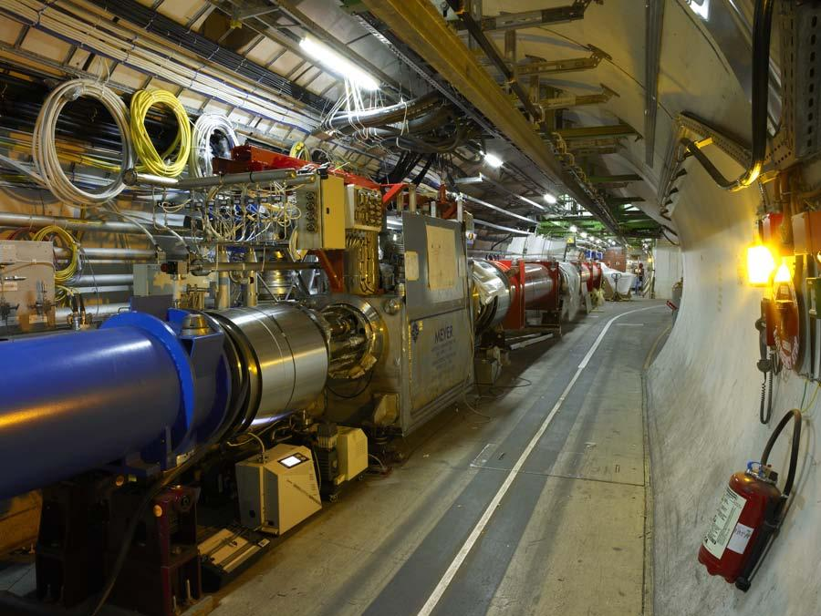 Total superconducting magnets ~ 8000 Magnetic fields keep protons in
