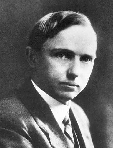 The Milky Way During the years of 1915 to 1919 Harlow Shapley estimated the distance to 93 globular clusters He noticed a clustering in