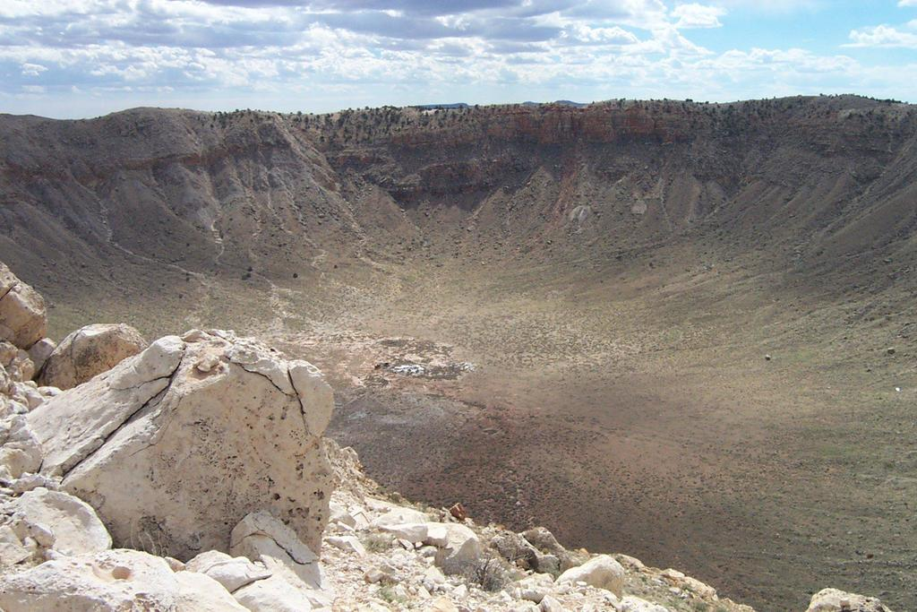 The Barringer Crater, Arizona Larger rocks can