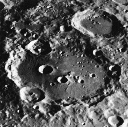Impact craters on the Moon Early on, the moon had