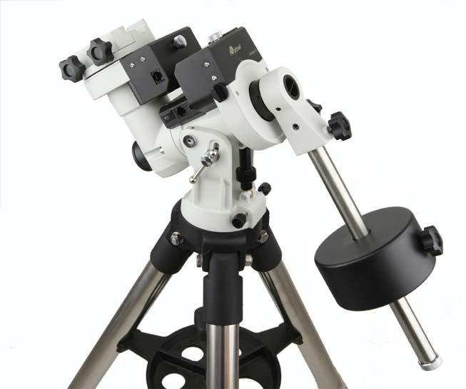 Quick Start Guide CEM25P Center Balanced GoTo Equatorial Mount Models: #7100P, #7102P PACKAGE CONTENTS 1 Telescope mount with GPS, and AccuAlign TM dark field illuminated Polar Scope Hand controller