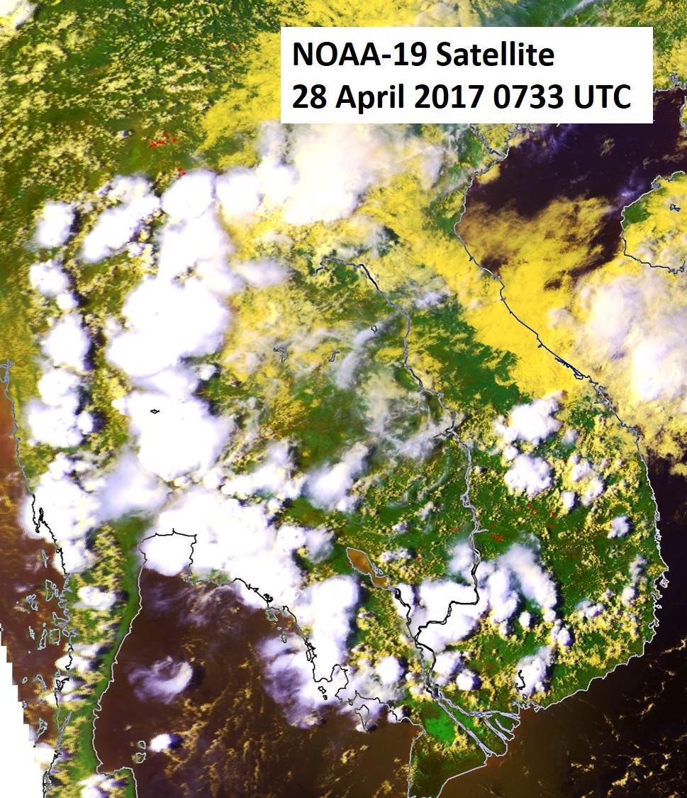 . Figure 9: NOAA-19 satellite image on 28 April 2017 shows a reduction in the number of hotspots detected in the Mekong sub-region due to increased shower activities. 2.4 The hotspot distribution and daily hotspot charts for April 2017 are shown in Figure 10, Figure 11 and Figure 12 respectively.