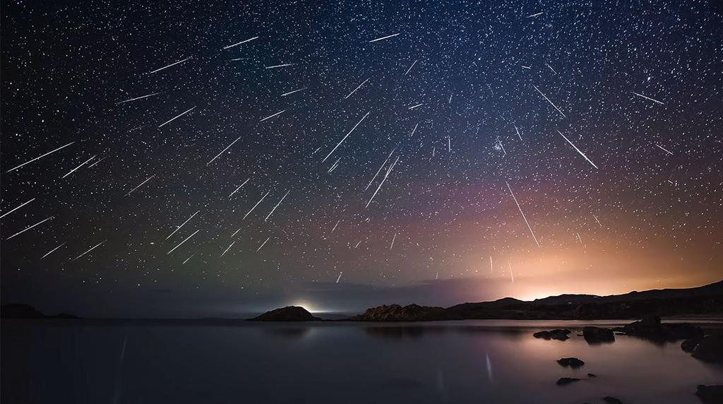 4.2 Interplanetary Matter (mostly primordial) Meteor showers have many