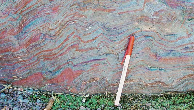 banded iron in rocks = rusting makes aerobic